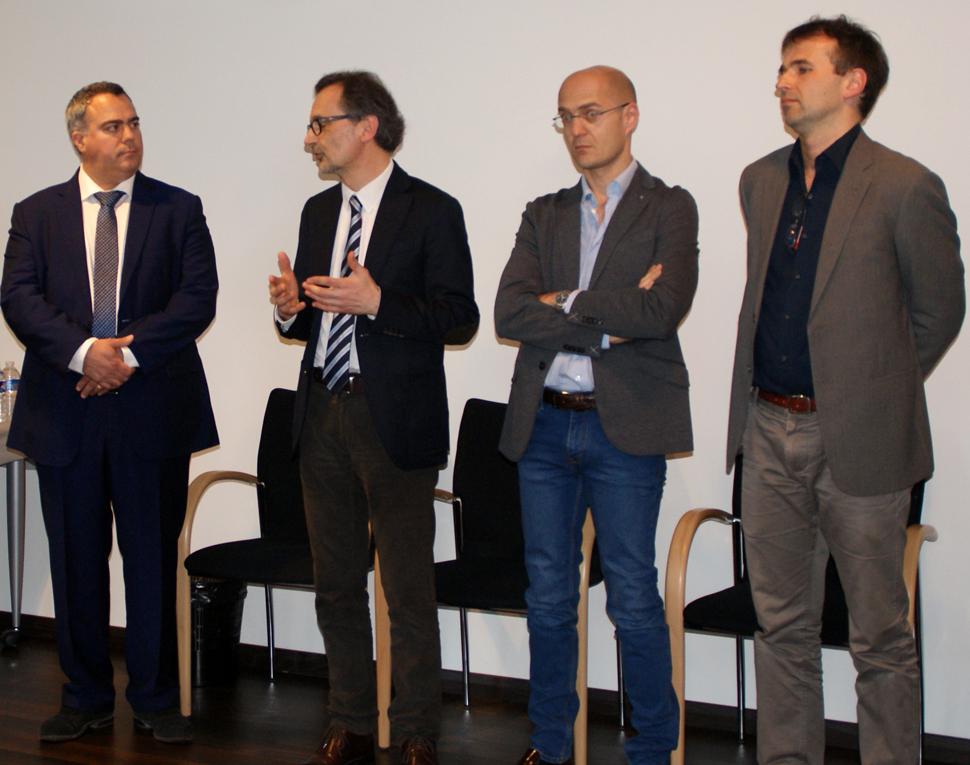 De gauche à droite : Vahé Boyadjian, président du Rotary club de Poitiers, Stéphan Maret, trésorier du fonds Aliénor, le Dr Riccardo Gauzolino, chirurgien viscéral et pianiste, et le Dr Gellen Barnabas, cardiologue et violoncelliste.
