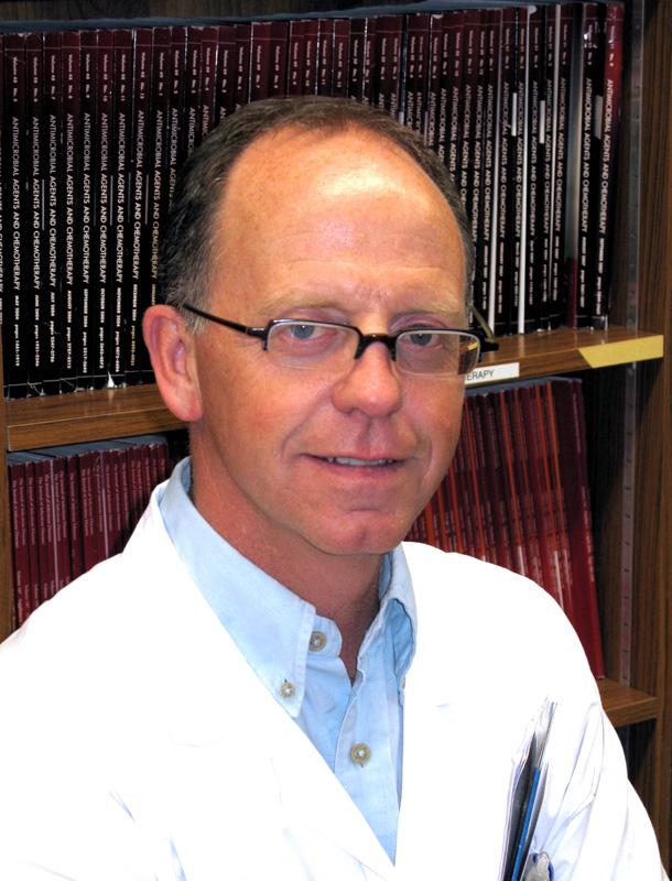 Le Pr Pascal Roblot, doyen de la faculté de médecine et de pharmacie de Poitiers et membre du conseil d'administration du fonds Aliénor.