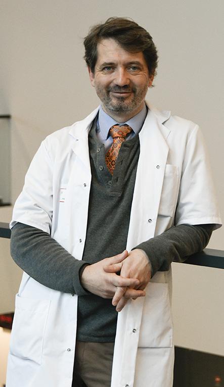 Pr Xavier Drouot, responsable du centre du sommeil et chef du service de neurophysiologie clinique du CHU de Poitiers