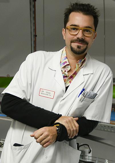 Le Pr Philippe Rigoard, neurochirurgien au CHU de Poitiers